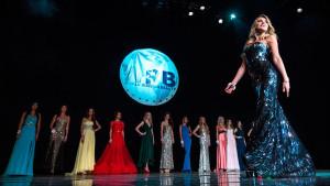 Финал мирового конкурса красоты «MissWorldBeauty 2017» впервые состоится в Москве   Генеральный партнер -  Музей Победы  Впервые с 31 октября по 3 ноября в самом сердце нашей столицы – в городе Москве, на одной из крупнейших концертных площадок города - Большом Концертном Зале на Поклонной Горе, состоится масштабнейший фестиваль красоты, моды и таланта мирового уровня «World Beauty 2017», являющийся самым престижным фестивалем в индустрии красоты, организатором которого выступит продюсерская компания Fashion House International. Грандиозное событие пройдет под патронажем Пьера Кардена, где на одной сцене соберутся самые красивые и талантливые участницы более чем из 20 стран мира.  Гостей мероприятия ожидает концертная шоу-программа: звезды зарубежной и отечественной эстрады исполнят свои самые известные и всеми любимые хиты.   Членами жюри станут голливудские звезды: Бай Лиин – звезда блокбастеров «Андренамин-2», «Такси-3», «Ворон», «Убойный футбол»; Эрик Робертс – американский киноактер, старший брат Джулии Робертс, Алан Диамбеков – знаменитый каскадер, снявшийся в таких культовых картинах, как «Маска Зорро», «Пираты Карибского моря», «Царь Скорпионов», «300 спартанцев», а большую часть голливудских звезд знающий не понаслышке. Так же разные представители медиа-сферы, профессионалы в области моды и красоты. Детское жюри возглавит заслуженный деятель искусств, художественный руководитель детского киножурнала «Ералаш»- Борис Грачевский.   Команду экспертов по актерскому мастерству, возглавит голливудский продюсер, режиссер, президент Сastle Film США — Эркен Ялгашев. Именно он будет проводить кастинг на фильм с участием голливудских актеров.  Группа дизайнеров выступит под чутким руководством известного дизайнера с мировым именем Chung Viet Vo и основателя «Miss Vietnam Ocean», а так же примут участие: генеральный директор Римской недели моды «Roma Fashion Week» - Татьяна Генкина, руководитель направления Fashion в союзе художников России - Наталья Мельянова, представ