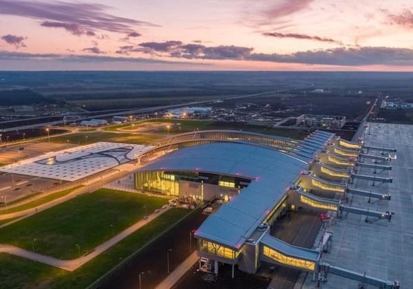 Специалисты ПАО «Европейская Электротехника» провели установку система электро- и энергоснабжения в аэропорту «Платов»