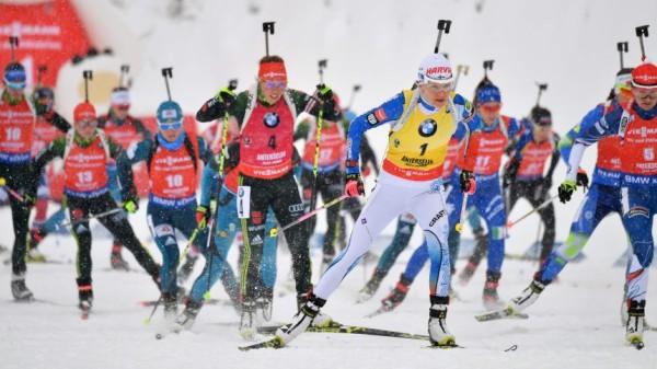 Биатлон — француз Фуркад побеждает в гонке перед Олимпиадой