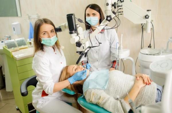 В числе трех лучших стоматологий Москвы названа клиника «32 Дент»