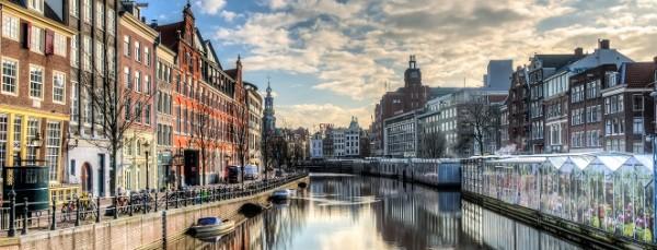 Выходные в Европе: акция от компании Avis Russia