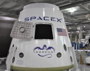 SpaceX запустила к МКС грузовой корабль Dragon