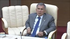 Рустам Минниханов: «Говенные дороги делаете!»