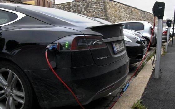КРЭТ обеспечит каршеринговый автопарк Краснодарского края зарядками электромобилей