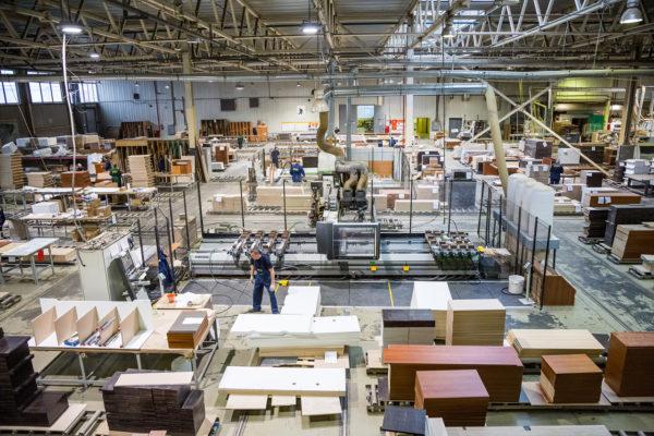 Продажи мебели в России растут