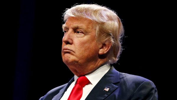 Трамп называет тех, кто не поддерживает его стену, «преступниками»