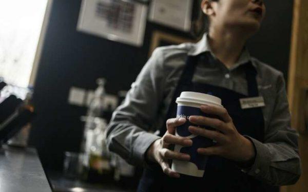 Кофейное противостояние в Китае: стартап Luckin с Starbucks