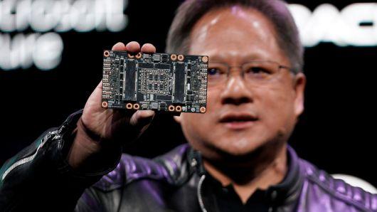 Инвестиционный фонд SoftBank выкупил 3,6 млрд долларов в Nvidia