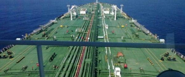 Экспорт иранской нефти сократился