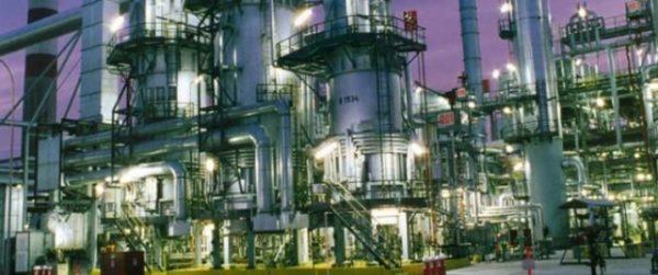 США работают над обеспечением альтернативных поставок нефти в Индию