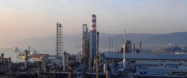Турция полностью соблюдает санкции США в отношении иранской нефти