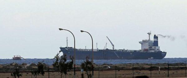 Пожар на Ливийском месторождении увеличивает запасы нефти в Иране и Венесуэле