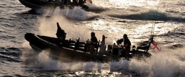 США и союзники надеются обеспечить военно-морской конвой для нефтяных танкеров через Персидский залив