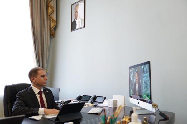 Михаил Романов назвал право одной из профилактических мер против пандемии и спровоцированного им экономического спада