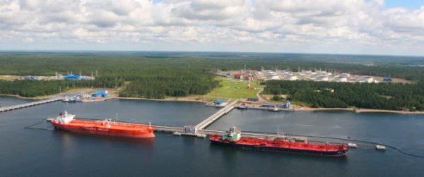 Экспорт нефти из России упал на 8% в январе-августе