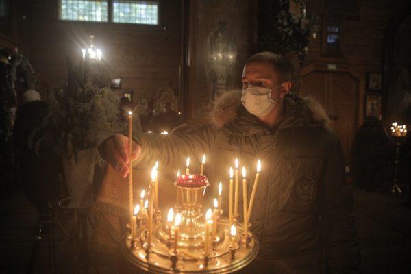 Михаил Романов поздравил православных петербуржцев со Светлым Рождеством Христовым