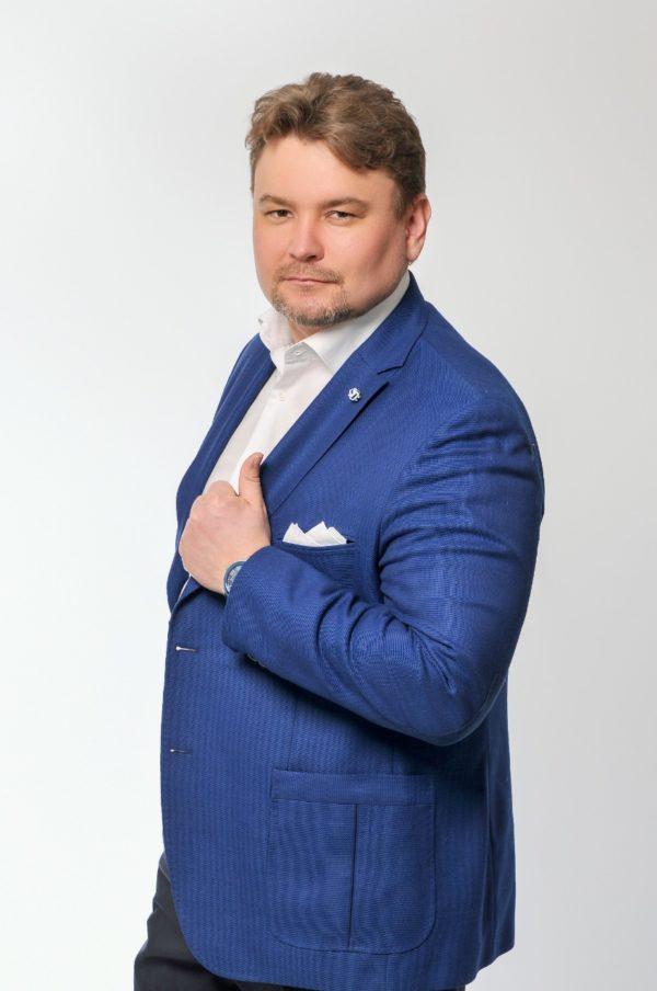 Эксперт по стратегиям развития Денис Нежданов вошел в сотню лучших экспертов года