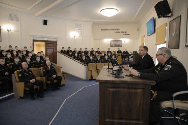 Михаил Романов посетил Нахимовское военно-морское училище в Санкт-Петербурге