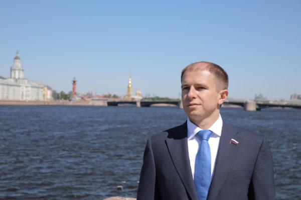 Михаил Романов поздравил моряков-балтийцев с Днем Балтийского Флота
